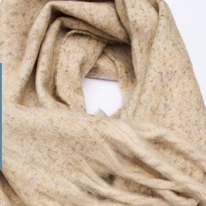 Accessories - Oatmeal Blanket Scarf